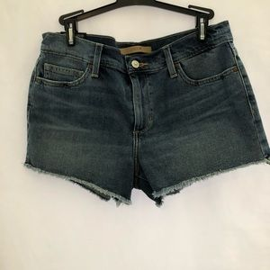 "Joe's Jeans Shorts Women's 2.5"" Inseam Cut Off"